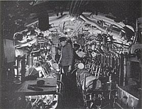 History des u boot rubis minenleger wrack an der for Interieur u boat